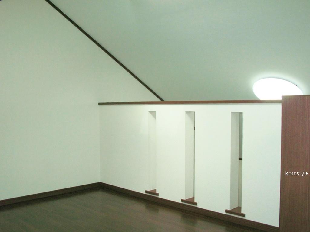 ロフト・サンルーム、そしてガレージのある戸建てアパート (八戸市田向)10