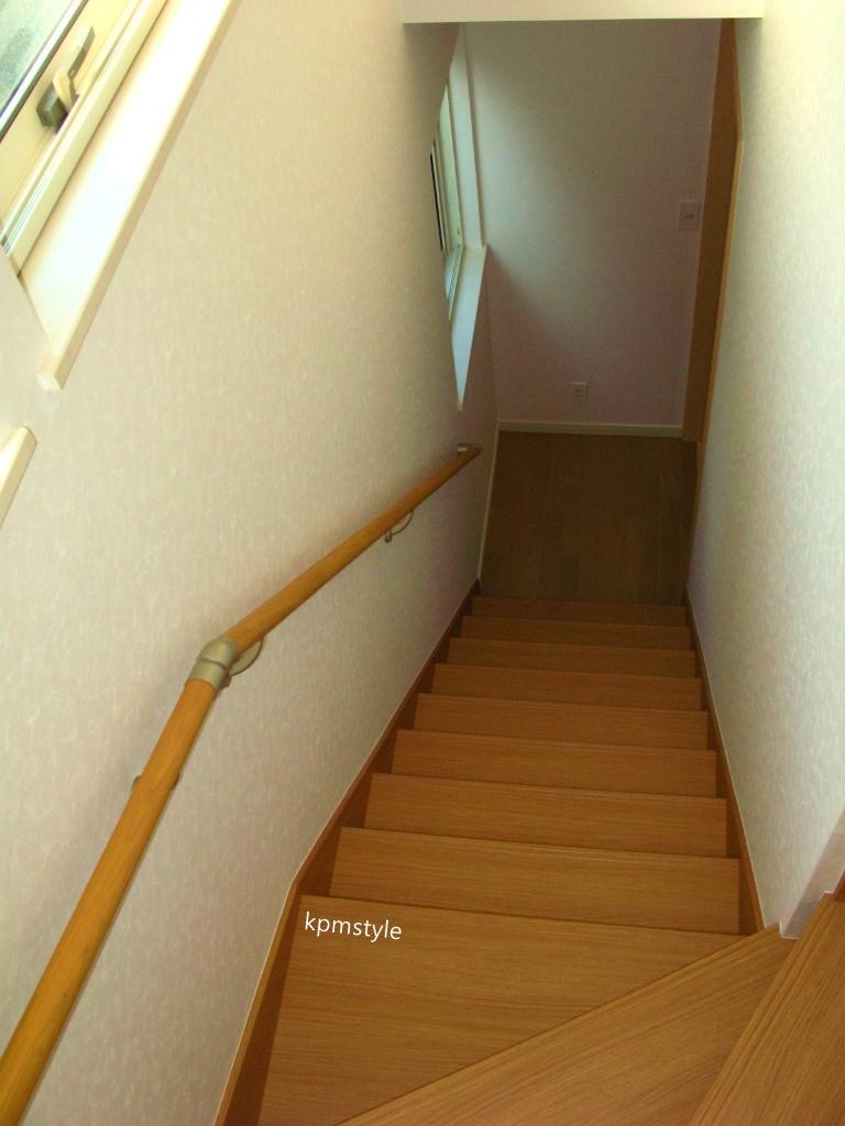 玄関にこだわりのコンクリートテイストのクロークがある家 (八戸市鮫町)15