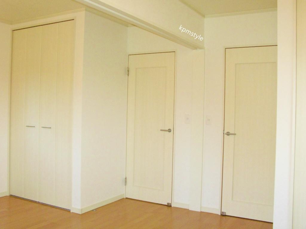 玄関にこだわりのコンクリートテイストのクロークがある家 (八戸市鮫町)18