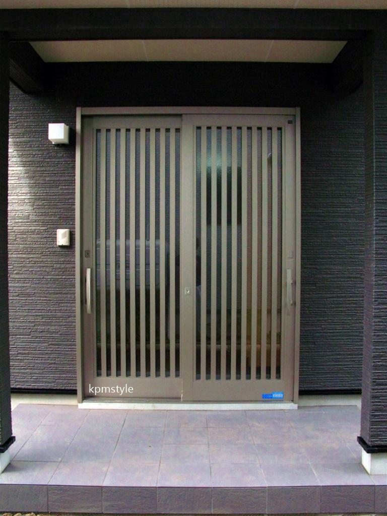 シックな黒い外壁の家 (八戸市妙)2