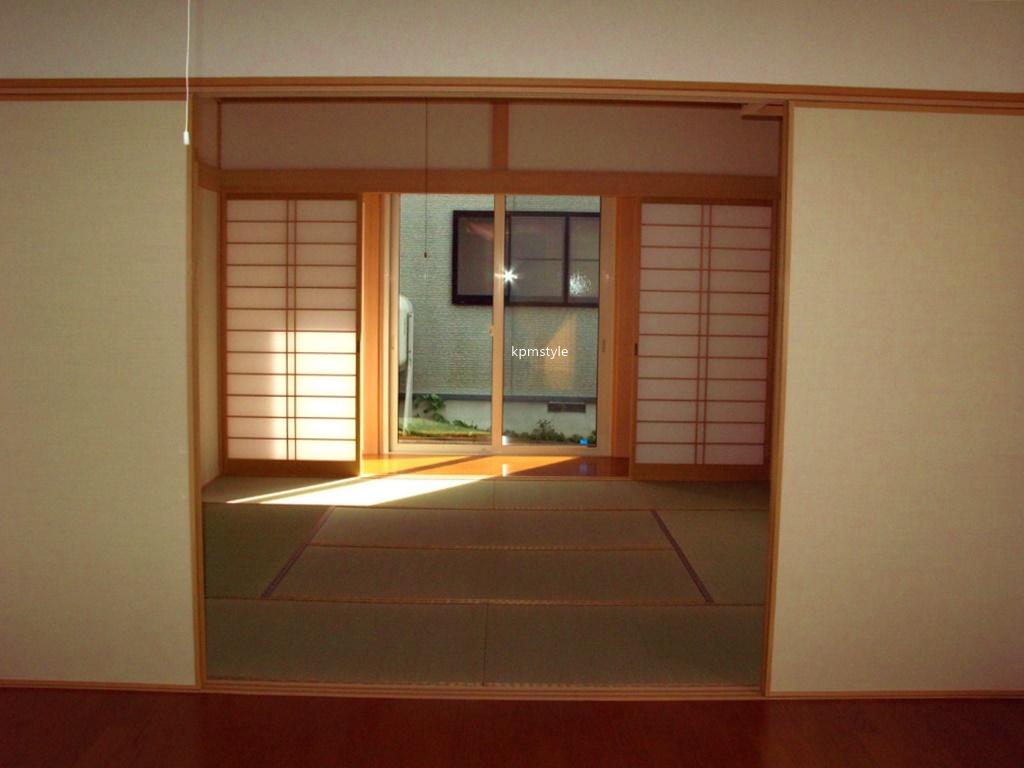 シックな黒い外壁の家 (八戸市妙)11