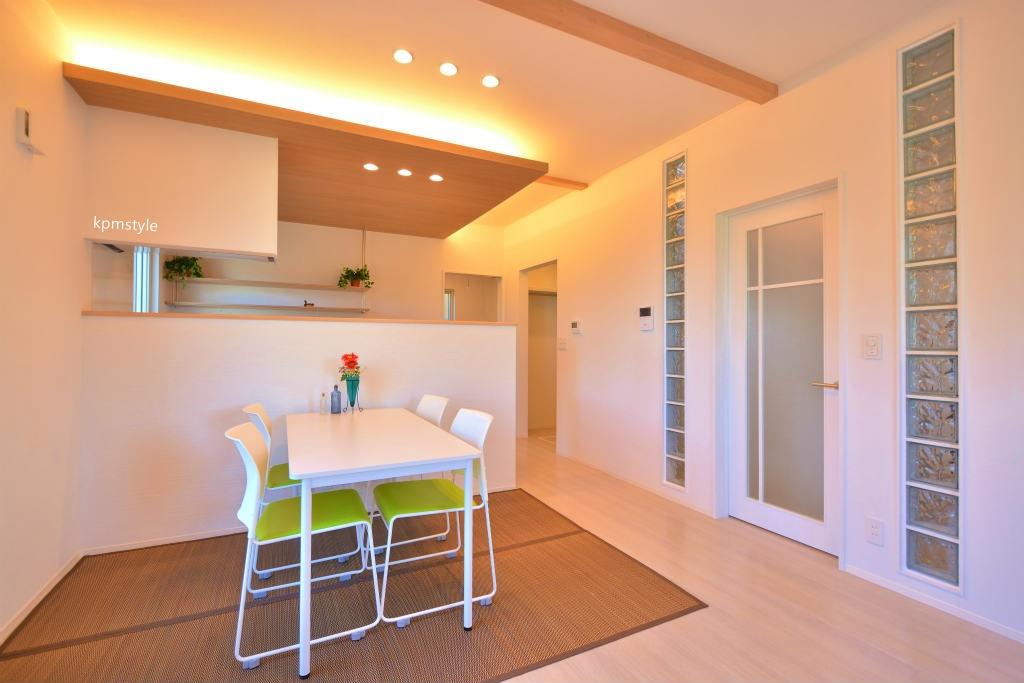住宅地でもプライバシーを確保できるコートテラスの家 (八戸市長者)6