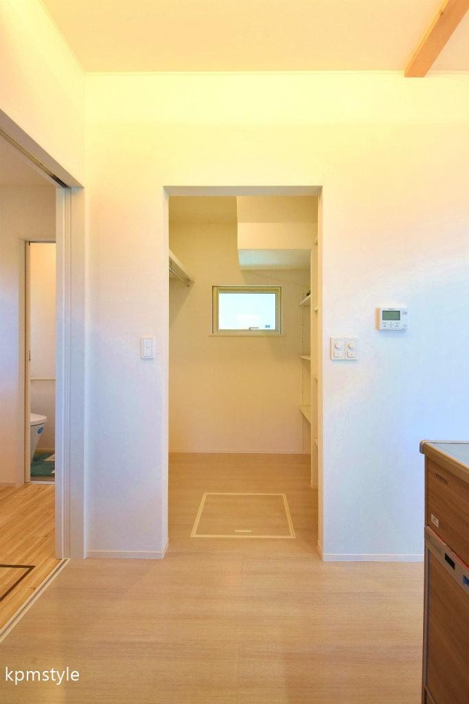 住宅地でもプライバシーを確保できるコートテラスの家 (八戸市長者)9