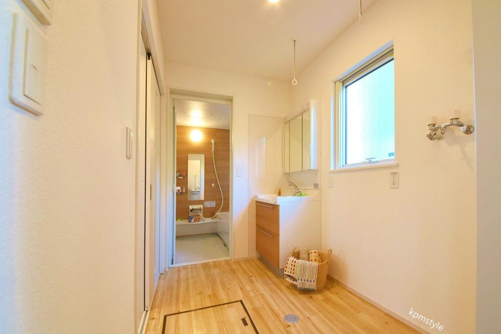 住宅地でもプライバシーを確保できるコートテラスの家 (八戸市長者)11