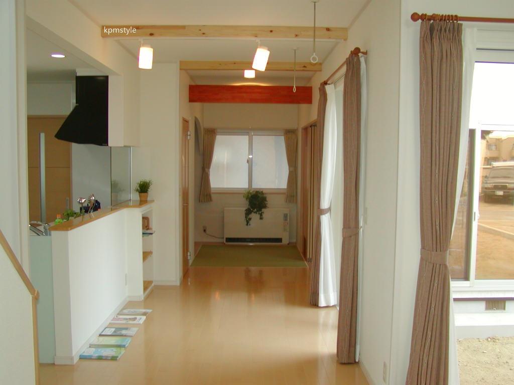 LDKから眺めるコートテラスのある家 (八戸市長苗代)5