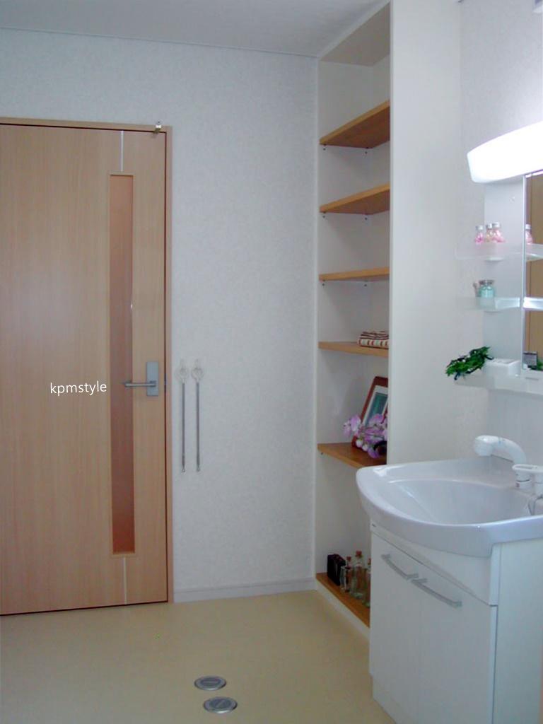 天窓と床ガラスが採光を考慮する家  (八戸市根城)13