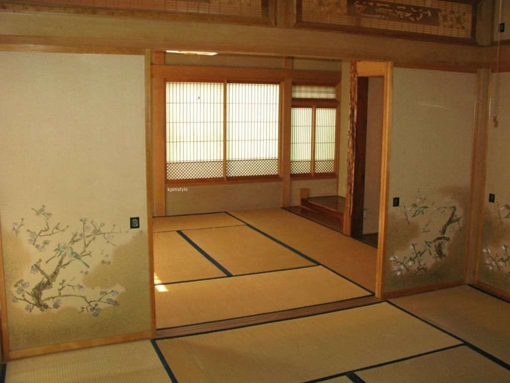 和室の続き間は、和のテイストを引き継いだモダンな空間へ (八戸市根城)2
