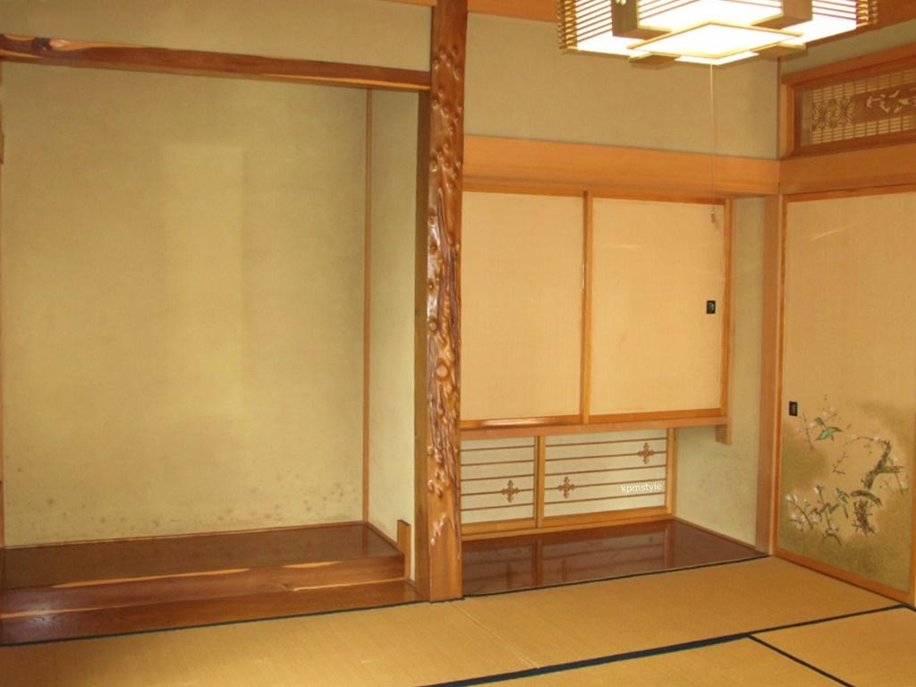 和室の続き間は、和のテイストを引き継いだモダンな空間へ (八戸市根城)3