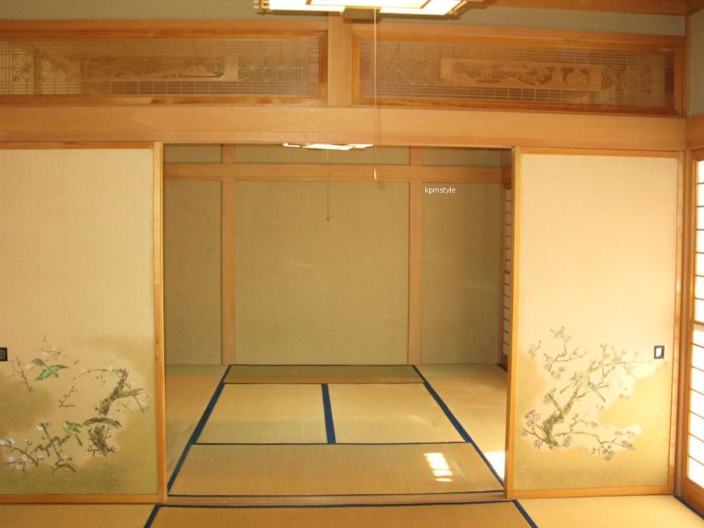 和室の続き間は、和のテイストを引き継いだモダンな空間へ (八戸市根城)6