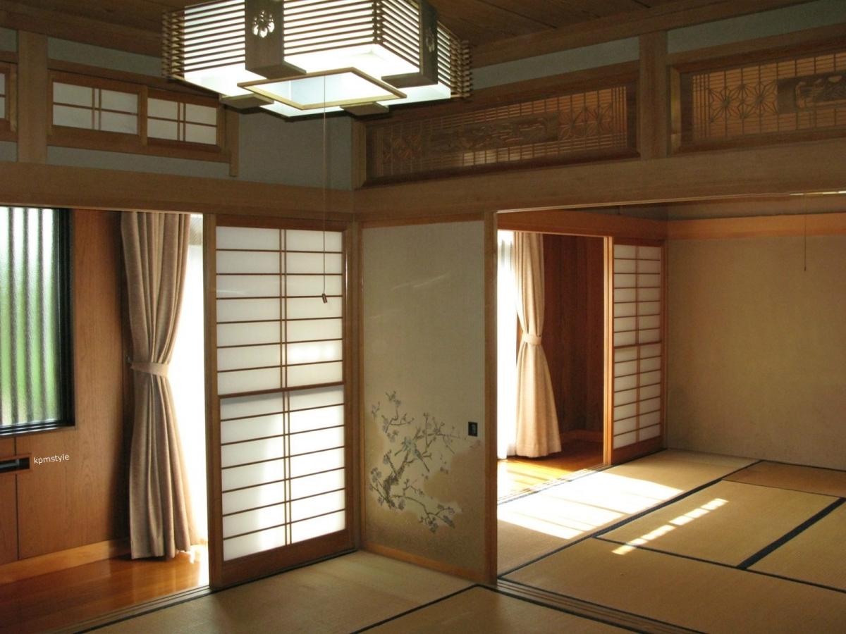和室の続き間は、和のテイストを引き継いだモダンな空間へ (八戸市根城)10