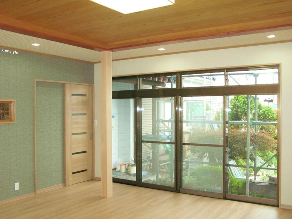 和室の続き間は、和のテイストを引き継いだモダンな空間へ (八戸市根城)12