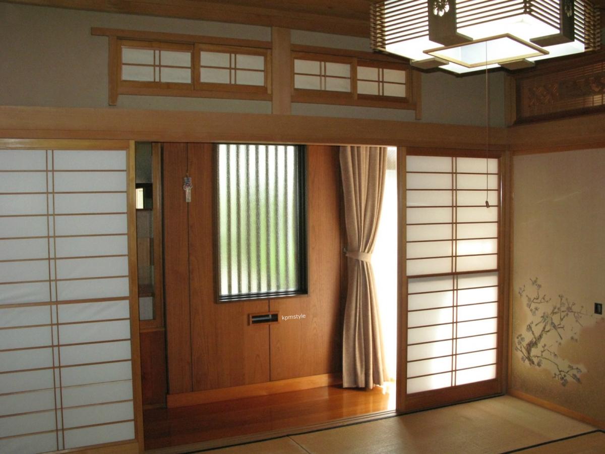 和室の続き間は、和のテイストを引き継いだモダンな空間へ (八戸市根城)13