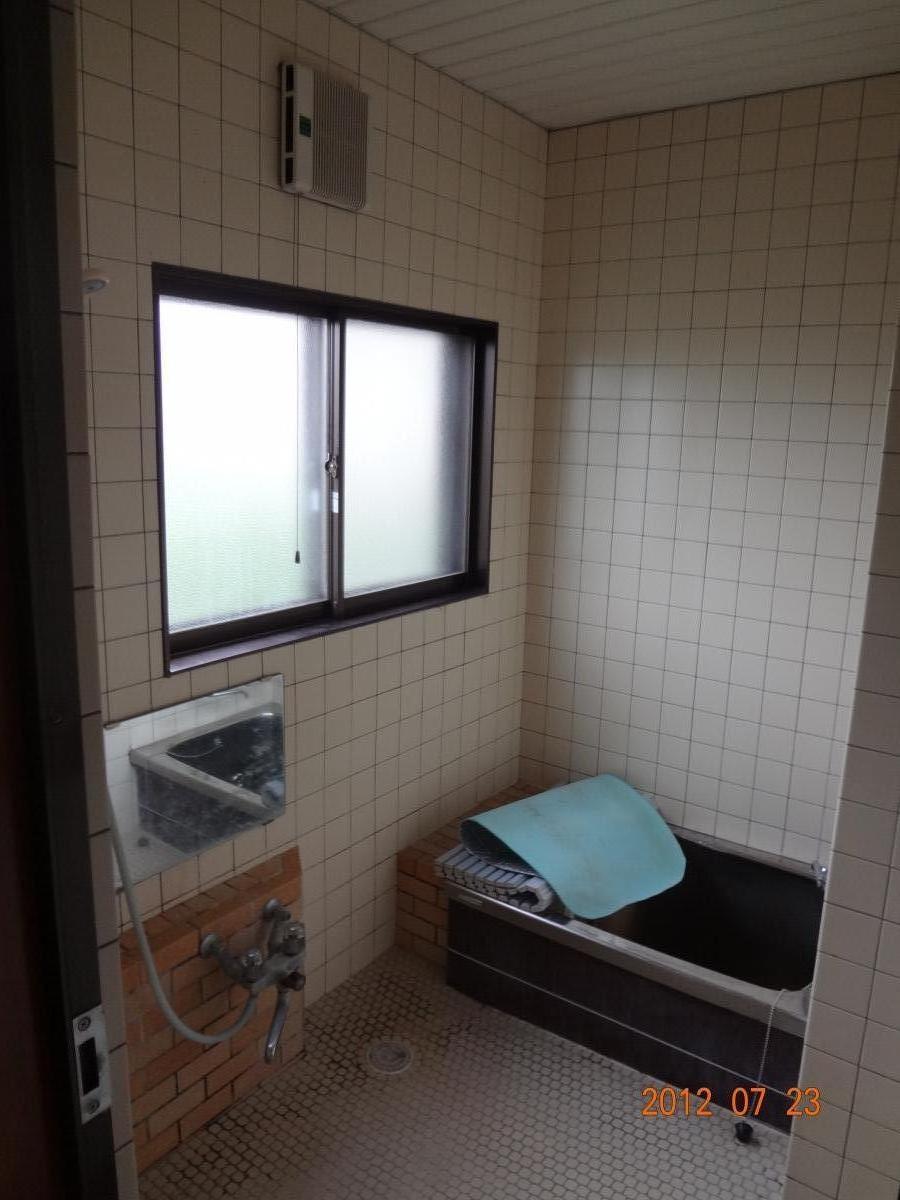 O様邸 洗面所、浴室リフォーム エコキュート4
